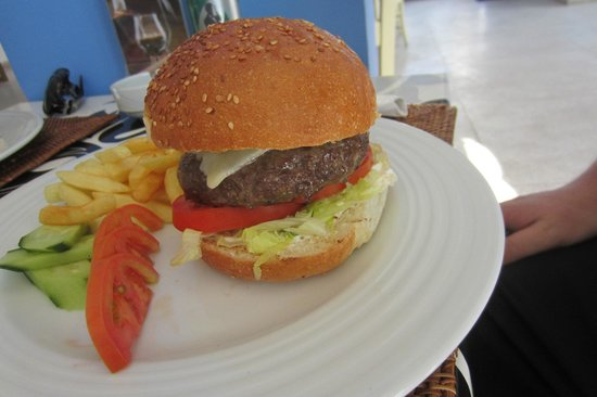 Domina Coral Bay Oasis: burger from mosque