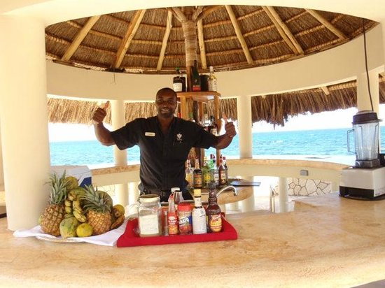 The SPA Retreat Boutique Hotel: Dwayne in his environment!