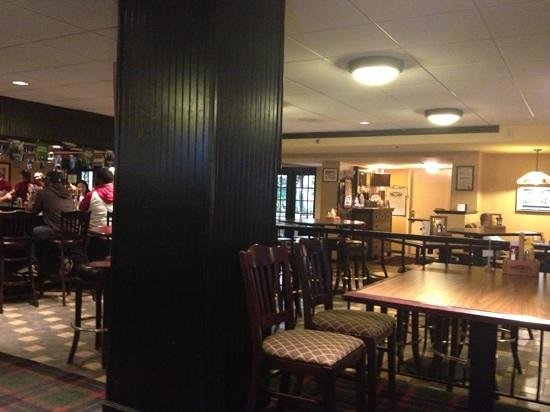 Holiday Inn Gaithersburg: O'Malley's Pub from the inside