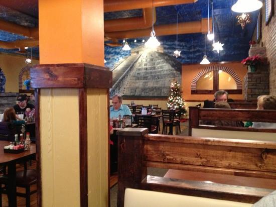 Cuatro Amigos: new location interior