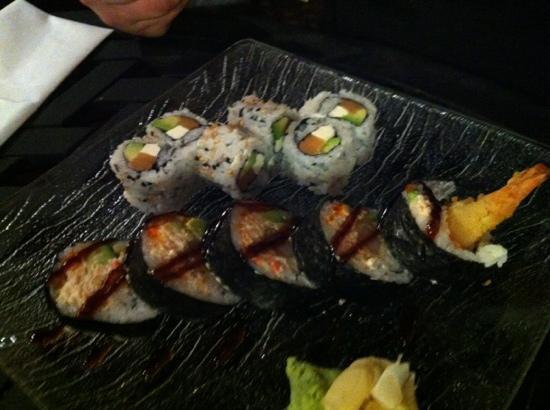 Hana Japanese Susi Bar & Grill : sushiiiii
