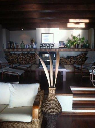 Can Xiquet: intérieur salon de lecture