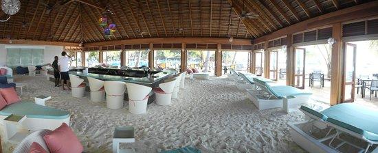 Meeru Island Resort & Spa : .