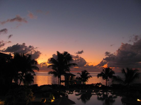 Coco Beach Resort: view from the condo - sunset