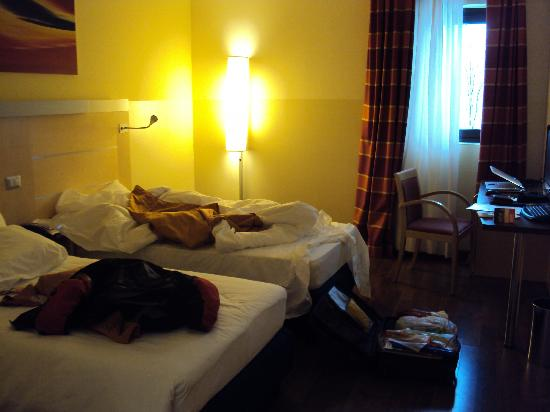 Holiday Inn Express Milan-Malpensa Airport: r00m