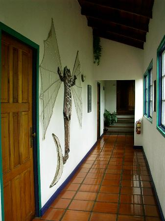 Villa Marie Guesthouse: Hallway upstairs