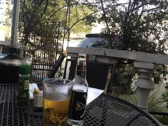 Mad Dogs & Englishmen: adorable outdoor patio. with beer.