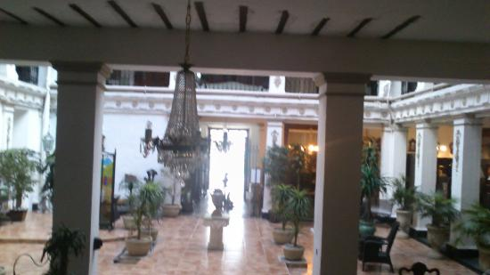 Gran Hotel de Merida: Vestibule