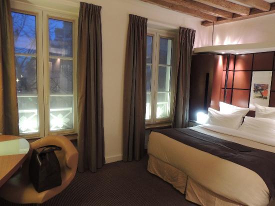 Select Hotel: camera da letto