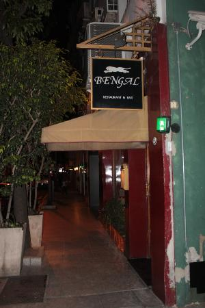 Bengal : Discrete entrance.