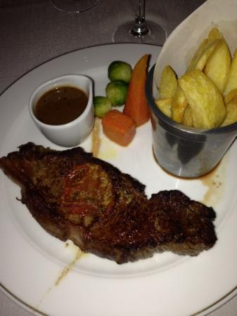 The Bay Tree Restaurant : delish steak
