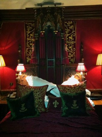 The Witchery by the Castle: Old Rectory Bed