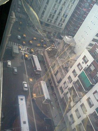 Bauen Hotel : Vista desde el piso 14 hacia calle Callao esquina Corrientes