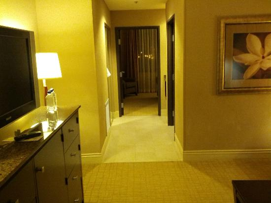 Hilton Dallas/Southlake Town Square: View from the entrance (Room 540)