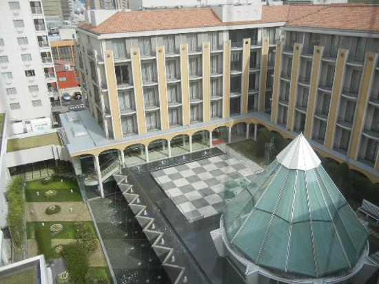 New Miyako Hotel: Premier Floor - View of the courtyard