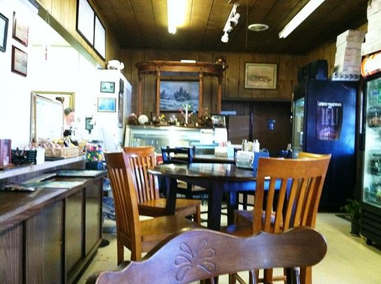 Riner, VA: Interior of restaurant