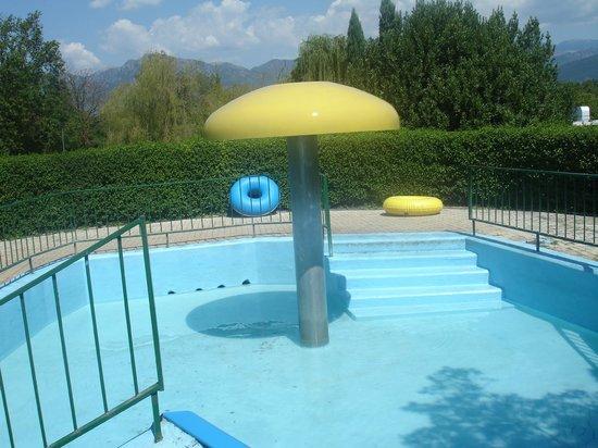 Best Western Hotel Rocca: Ingresso scivolo gommoni