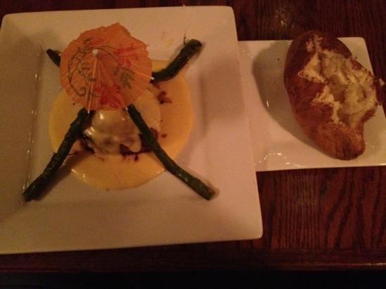 JJ's at the Copper Pot : Filet Neptune cooked to perfection