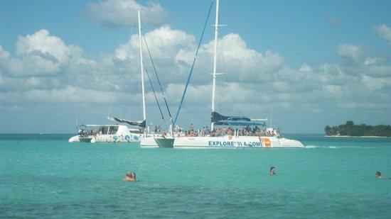 Grand Bahia Principe Punta Cana: cattamaran