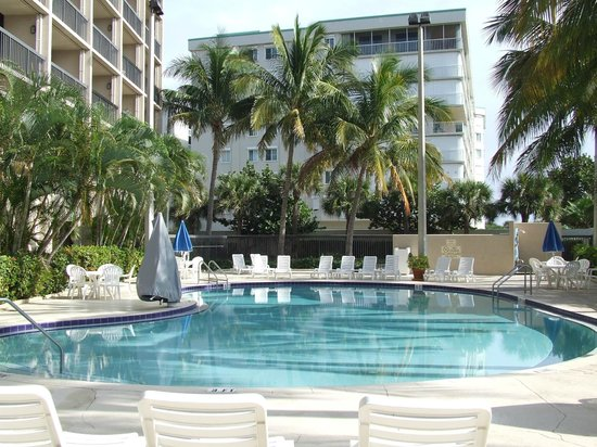 Hampton Inn Cocoa Beach/Cape Canaveral: Pool area