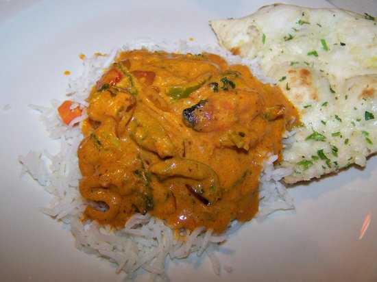 Butter Chicken on Basmati Rice & Naun - Picture of Taste ...