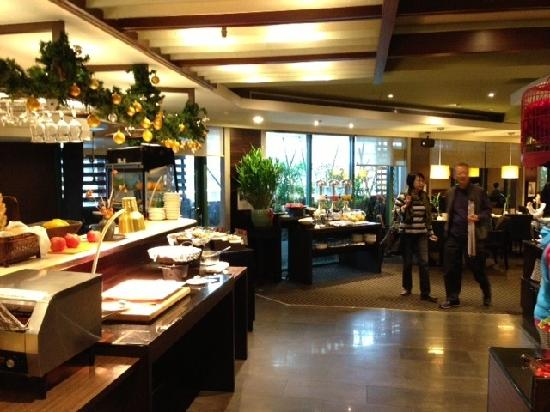 Pacific Business Hotel: Reception