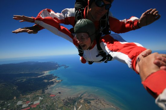 Skydive Abel Tasman : Exhilarating!