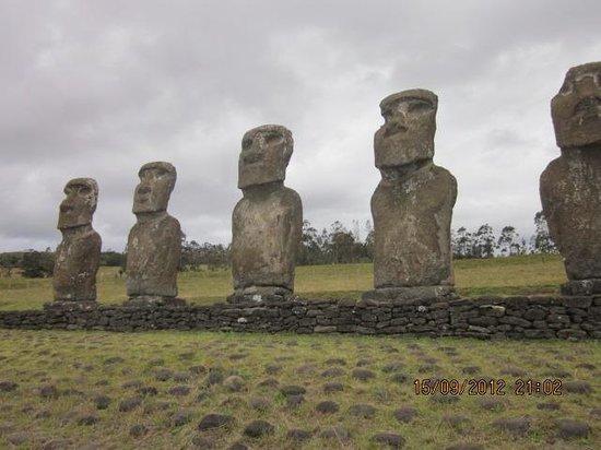 Rapa Nui National Park: Moais, los unicos que miran al mar