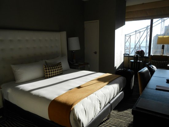 The Bentley Hotel: Our room!