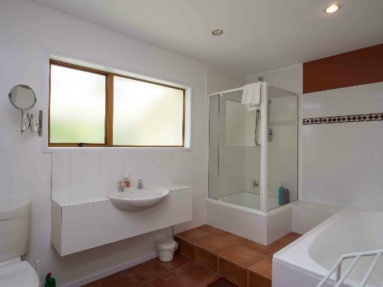 باي ذا باي بيتش فرونت أبارتمنتس: Apartment 2 bathroom