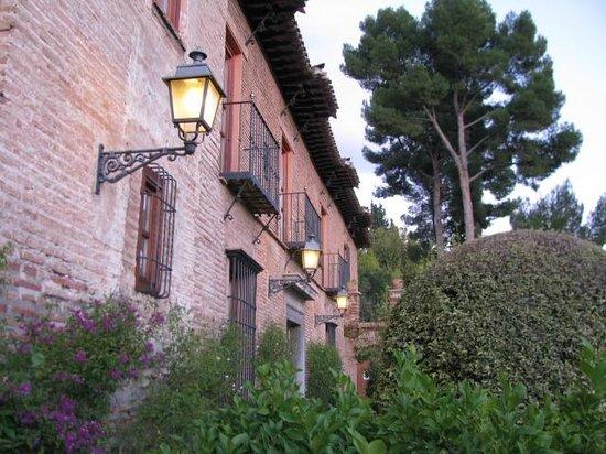 Parador de Granada: entrance