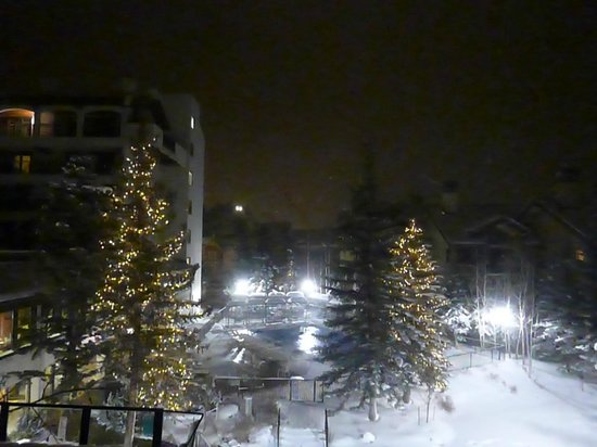 Vail Marriott Mountain Resort: View from our room this evening