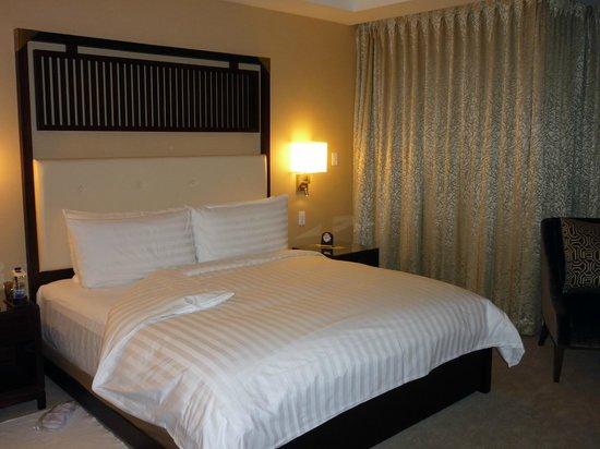 Shangri-La Hotel Toronto: Bedroom