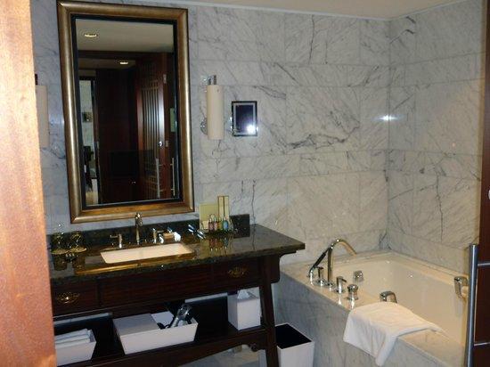 Shangri-La Hotel Toronto 사진