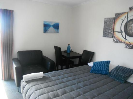 Avalon Court Accommodation Image