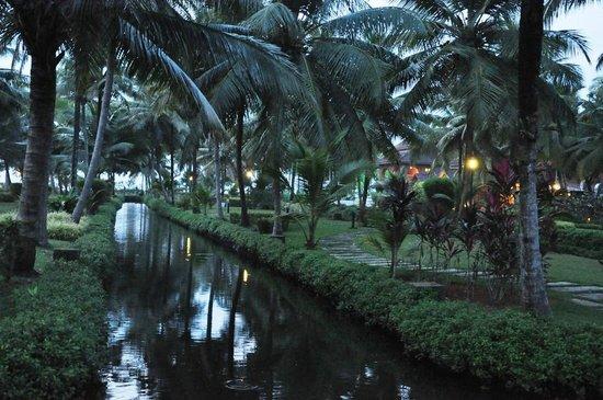 Lakesong Kumarakom: Garden
