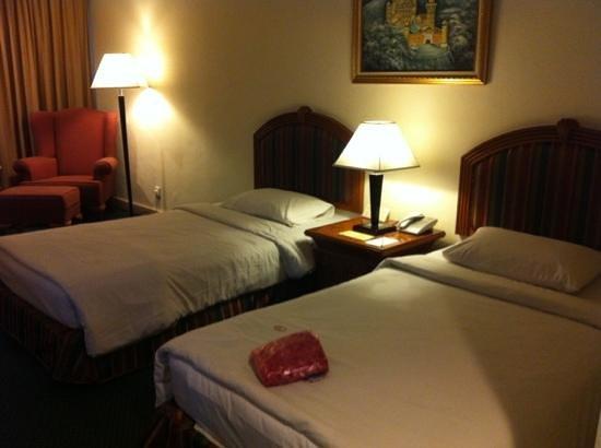 Harmoni Hotel: comfortable bed!