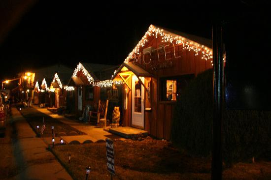 It's Christmas at the Mountain Motel
