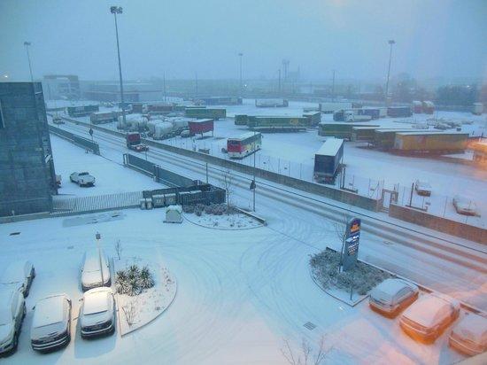 بست ويسترن كويد هوتل ترينتو: quest'anno anche la nevicata..........grazie 