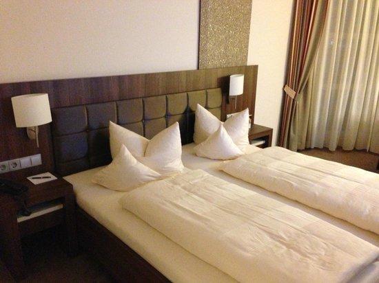 Schones Breites Bett Picture Of Allgaeu Resort Bad Groenenbach