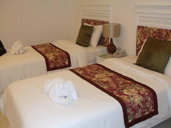 Amarin Resort: room