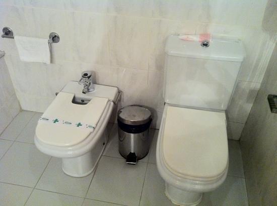 Hotel Domo: toilet