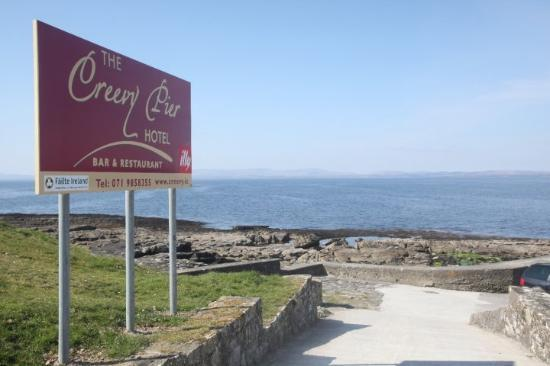 Creevy Pier Hotel: Donegal Bay