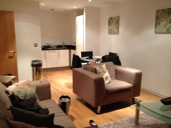 Quay Apartments: main living area