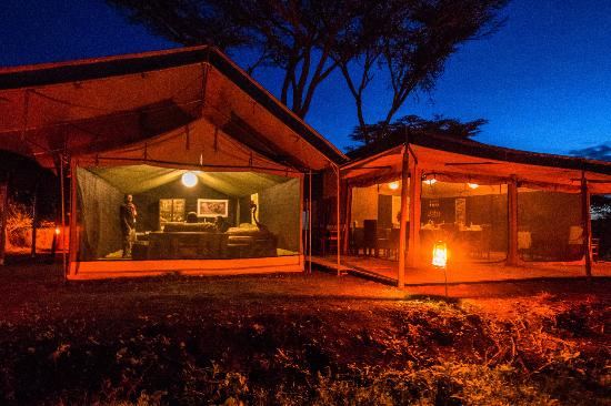 Ang'ata Camp Ngorongoro : Ang'ata Ngorongoro Lounge and Mess tents