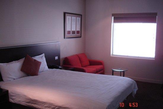 BEST WESTERN Atlantis Hotel: Standard City view room