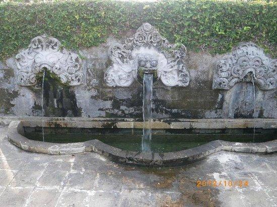 InterContinental Bali Resort - water feature