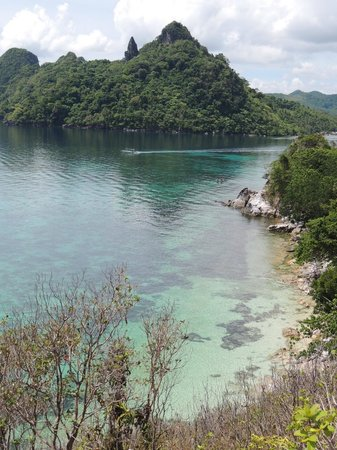Snake Island (Vigan Island): llegando a snake beach