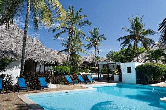Dorado Cottage:                   La piscina