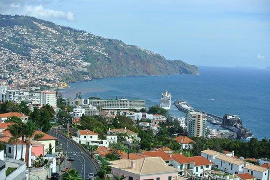 Madeira Panoramico Hotel: La Baie de Funchal vue de l'hôtel